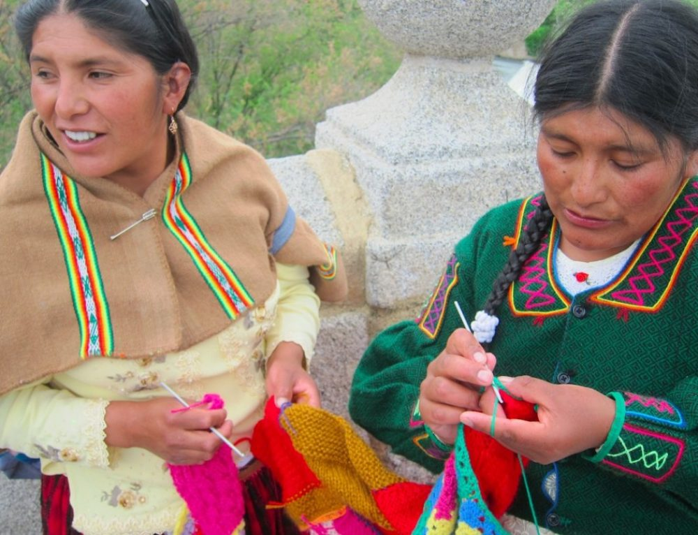 Peruvian Women Export Their Art as They Learn Their Rights